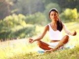 Ученые доказали эффективность медитации в борьбе с лишним весом